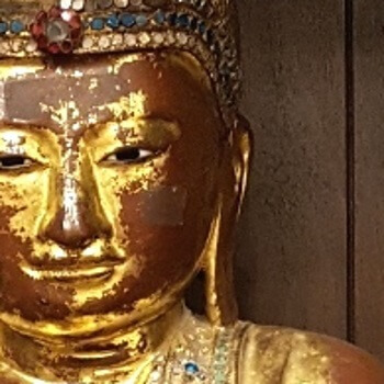 Antiker Buddha aus Burma