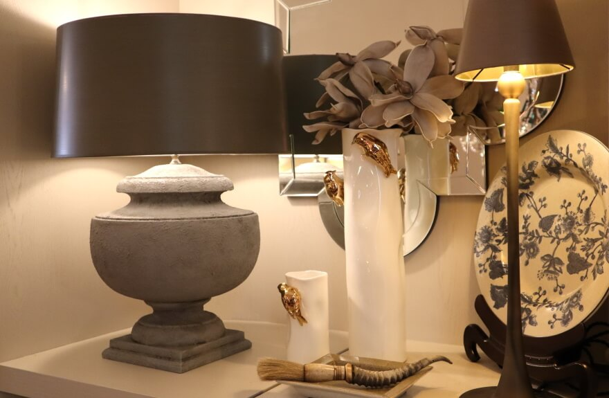 Ballusterleuchte Vasen mit Vogel und Stableuchte