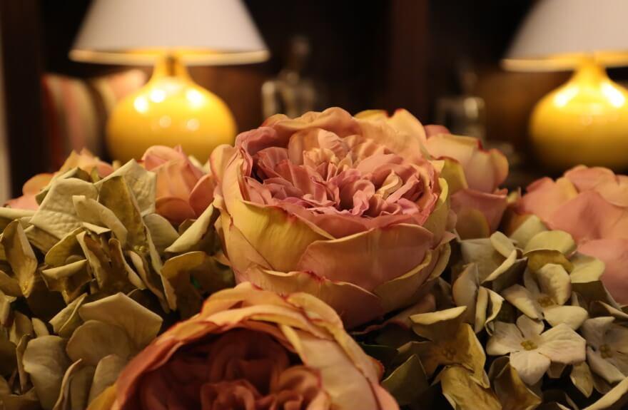 Seidenblumen-Dekoration